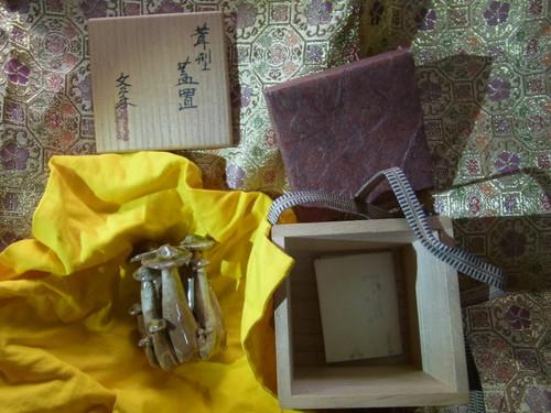茶道具・茸型蓋置